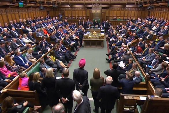 Ma szavaz a londoni parlament az új Brexit-megállapodásról