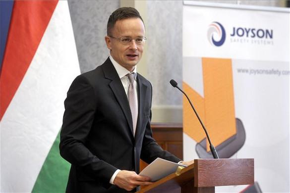 Szijjártó: Újabb keleti nagyvállalat döntött Magyarország mellett