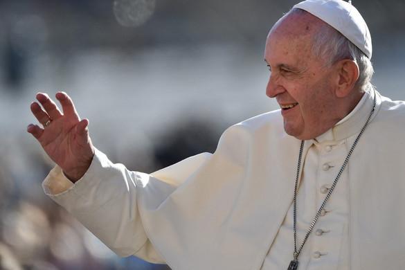 Ferenc pápa mindenkit arra intett, hogy őrizze meg a hitét a nehéz időkben