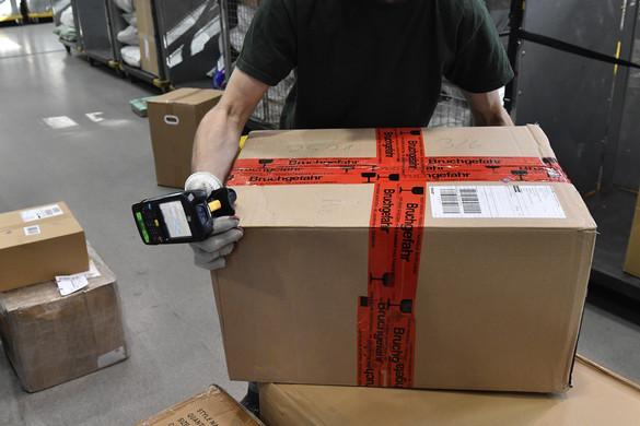 Jelentősen növelik a posta forgalmát a külföldről érkező csomagok