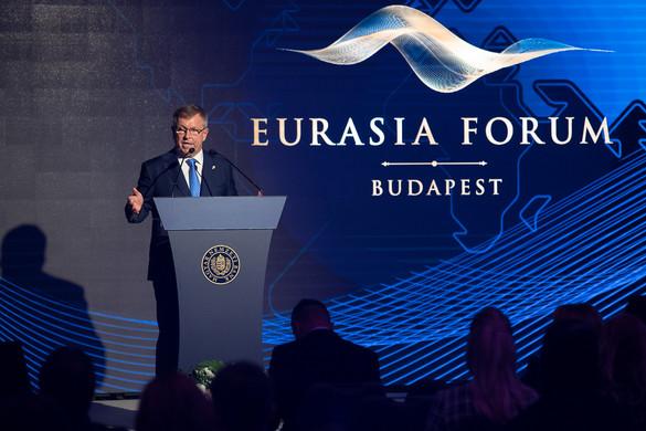 Matolcsy: Elkezdődött Eurázsia korszaka