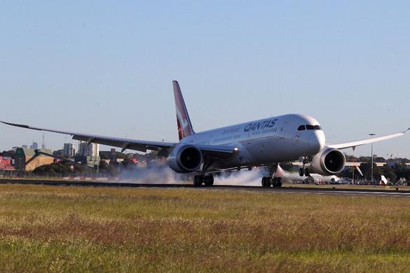 Az eddigi leghosszabb repülőutat tette meg egy ausztrál légitársaság gépe