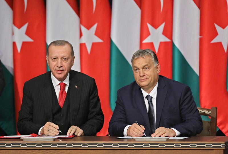 Összesen tíz kétoldali megállapodást ír alá egymással Magyarország és Törökország