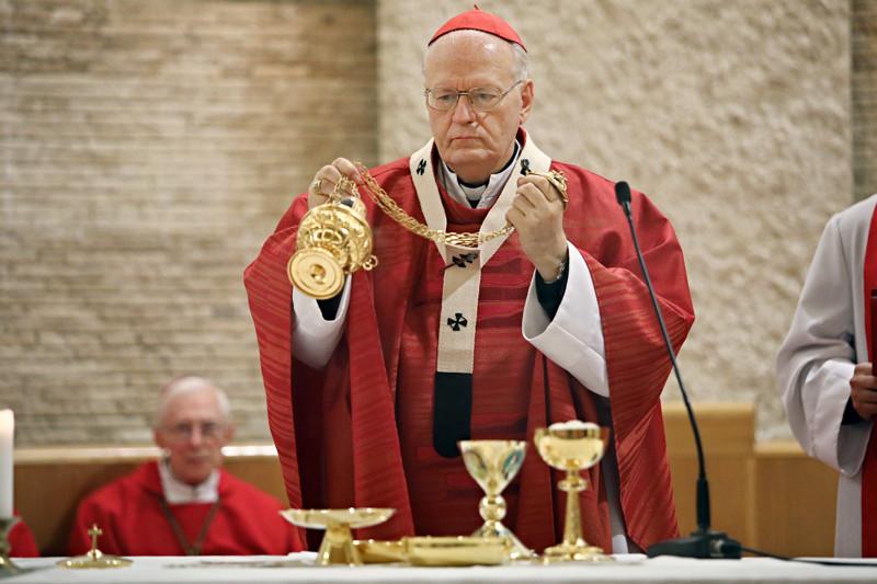 A Magyar Szentek Templomában tartott misét Erdő Péter bíboros, prímás, esztergom-budapesti érsek celebrálta
