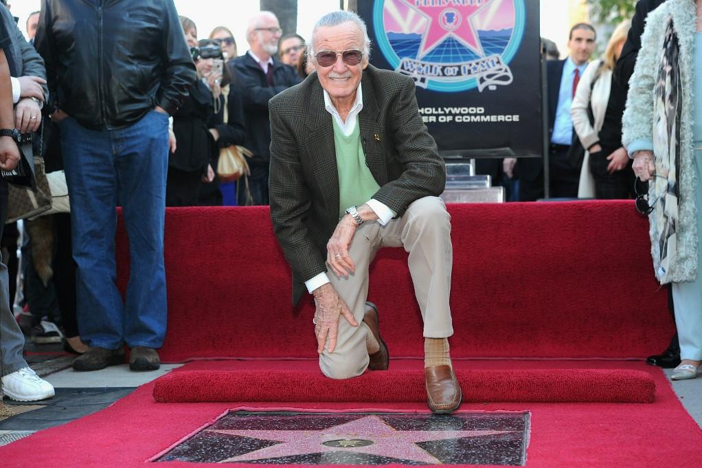 Stan Lee 2011-ben csillagot kapott a hollywoodi Hírességek Sétányán