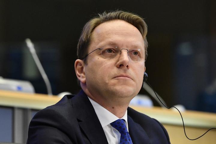 Először szólalt fel uniós bővítési biztosként Várhelyi Olivér