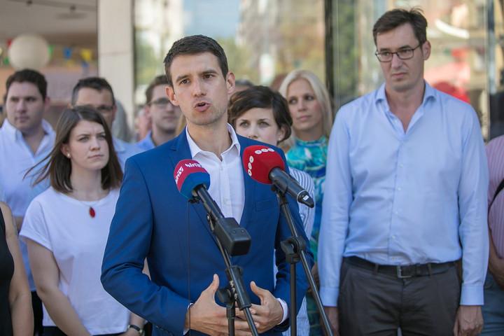 Egymásnak ellentmondó nyilatkozatokat ad a Jobbik Czeglédy Csabáról