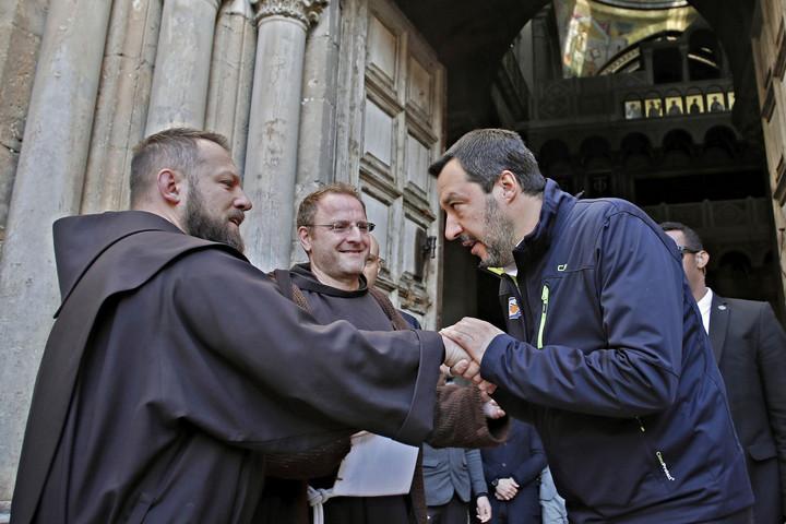 Az olasz katolikusok Salvinit választják