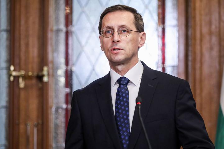 Varga Mihály: Újabb támogatás a kisvállalkozások munkahelyteremtésére