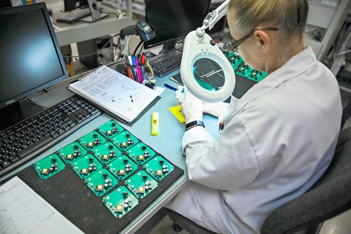 A szolgáltatások és az ipari termelés húzta a harmadik negyedévi gazdasági növekedést