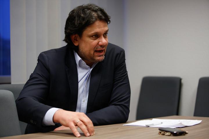 Deutsch: Gond van azzal a tudásmennyiséggel, ami a főpolgármester úr rendelkezésére áll