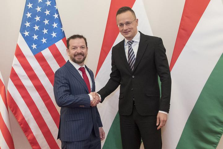 Szijjártó amerikai tisztségviselőket fogadott Budapesten