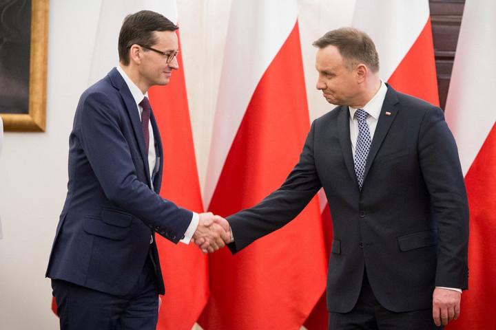 Hivatalosan is kormányalakítási megbízást kapott Morawiecki