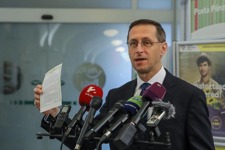 Varga Mihály: Meghaladja a 2800 milliárd forintot a Magyar Állampapír Plusz értékesített állománya