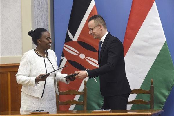 50 millió dolláros kötöttsegélyhitel-program indul Kenyával