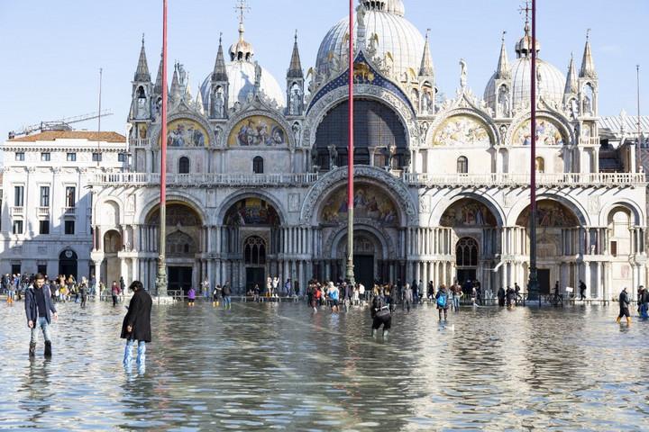 Nem ért véget az árveszély Velencében