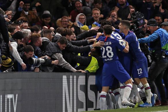 Drámai mérkőzésen játszott döntetlent a Chelsea