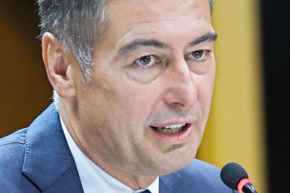 Horváth Csaba meghátrált a zuglói parkolási ügyben