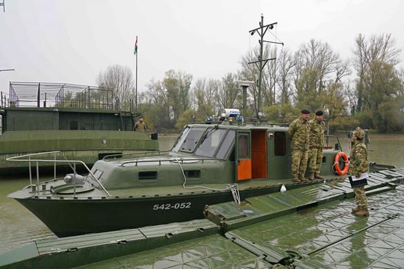 Két tűzszerész-hadihajóval bővült a Magyar Honvédség fegyverzete
