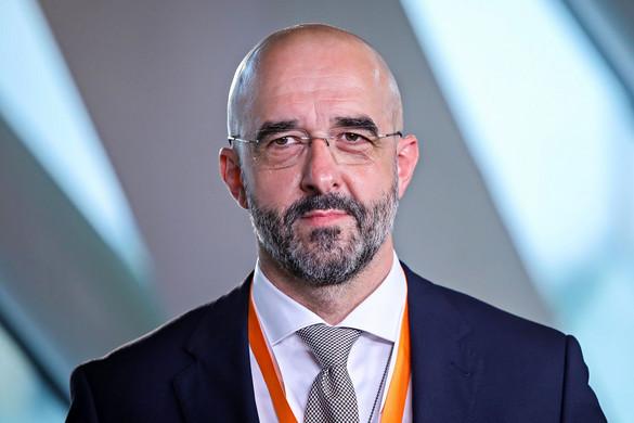 Kovács Zoltán: Csak az intézkedések betartásával lehet megfékezni a járványt