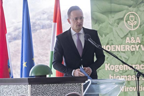 Magyarok és horvátok építettek új erőművet