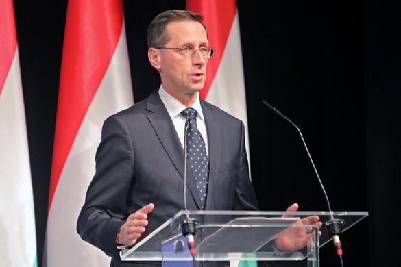 Varga Mihály: Az unió a bevándorláspolitikát és a a gazdaságpolitikát is elrontotta