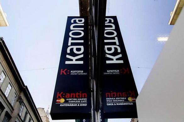 Saját maga fedte fel kilétét a Katona József Színház zaklatással vádolt rendezője