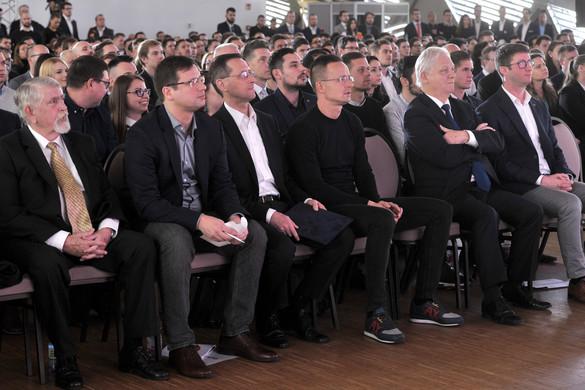 Szijjártó Péter: Diplomáciai akadémia nyílik