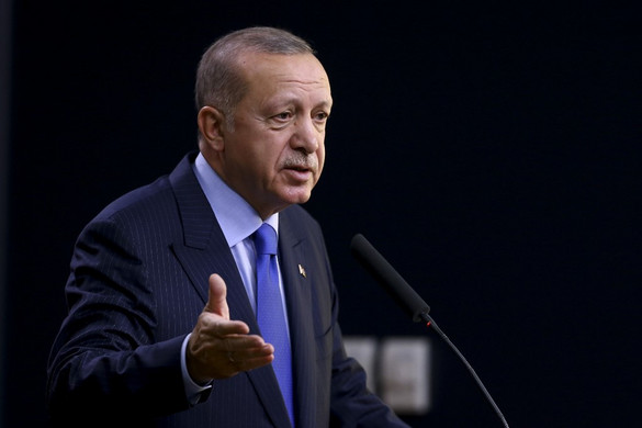Erdogan: Megnyitottuk a határokat