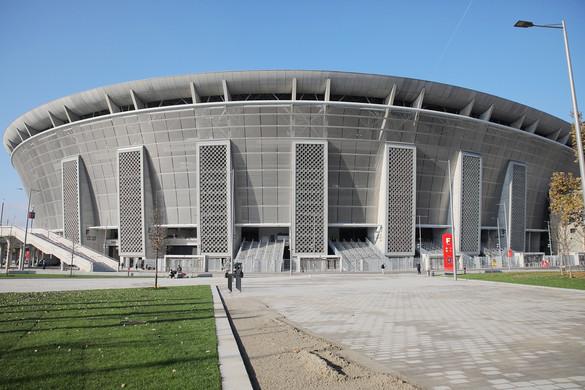 Több helyen módosul a közlekedés a stadionavatás miatt