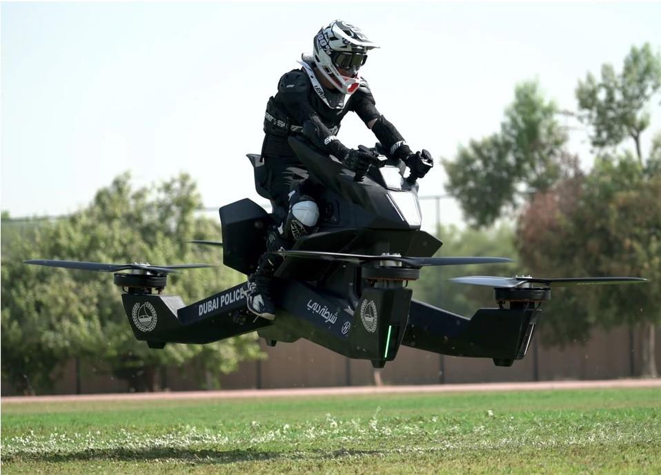 """Egy orosz cég, a Hoversurf inc. már elkészítette saját repülésre alkalmas """"motorját"""" a Scorpion3-ast."""