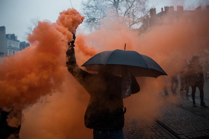 Ismét százezrek tiltakoztak a nyugdíjreform ellen Franciaországban