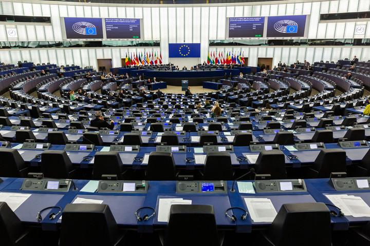 A politikai boszorkányüldözés keretében megszavazta az EP a Magyarországot elmarasztaló állásfoglalását