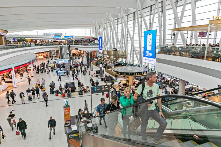 Idén tizenhatmillióra emelkedett a Liszt Ferenc Nemzetközi Repülőtér forgalma