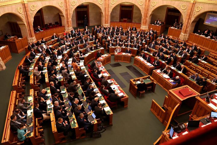 Politikai viták helyett nemzeti összefogást várnak a magyarok