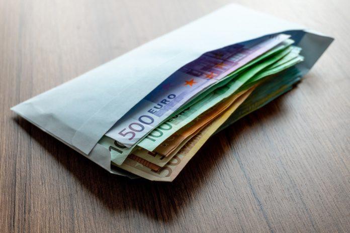 Több mint ötmillió forintnyi készpénzt adott vissza tulajdonosának egy becsületes megtaláló