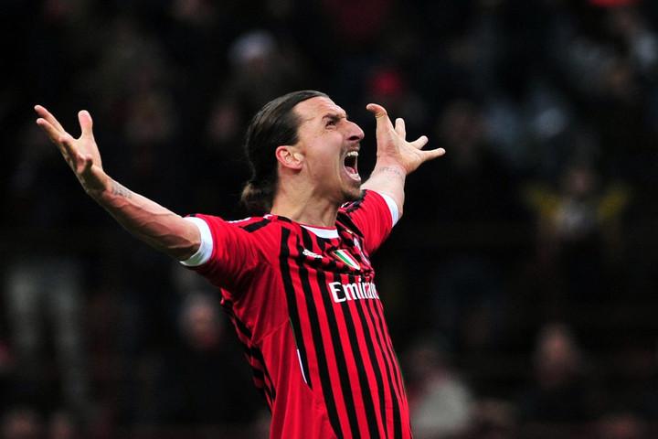 Zlatan Ibrahimovic visszatér a Milanba