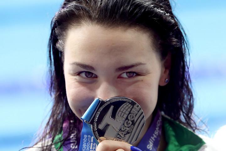 Késely Ajna óriási úszással ezüstérmes 800 gyorson
