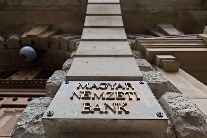 Magyarországot követte az EU a fizetési moratórium banki hatásainak megítélésében