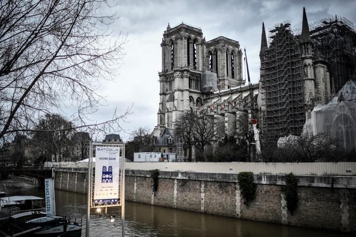 Könnyen lehet, hogy nem tudják megmenteni a Notre-Dame épületét