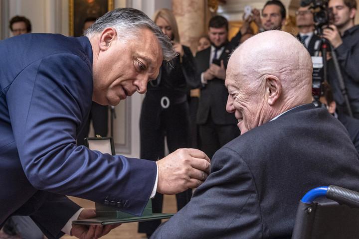A konzervativizmus minden, csak nem ideológia - emlékeztetett Orbán Viktor
