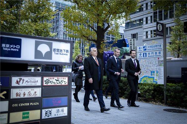 Tokiói videót tett közzé a kormányfő