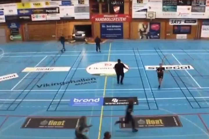 Dzsihadista támadás ért egy svédországi sportcsarnokot