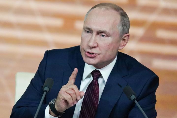 Putyin aláírta az orosz állampolgárság megszerzését megkönnyítő törvényt
