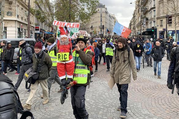 Lemondott a francia nyugdíjreform arca
