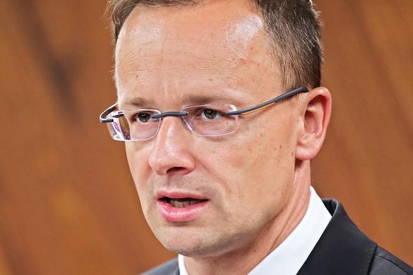 """""""Az Osztrák Néppárt racionális volt a Fideszről kialakult vitában"""""""