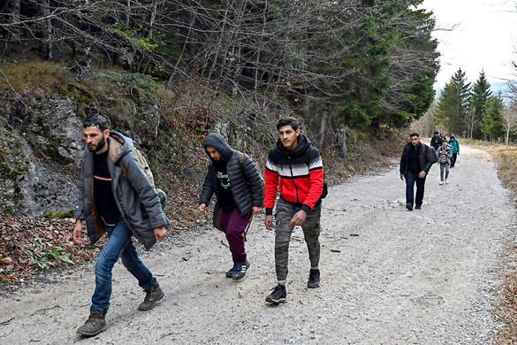 Eddig 34 ezer határsértőt fogtak el idén
