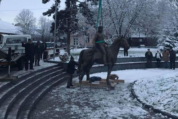 Rákóczi szobra ismét Beregszászban