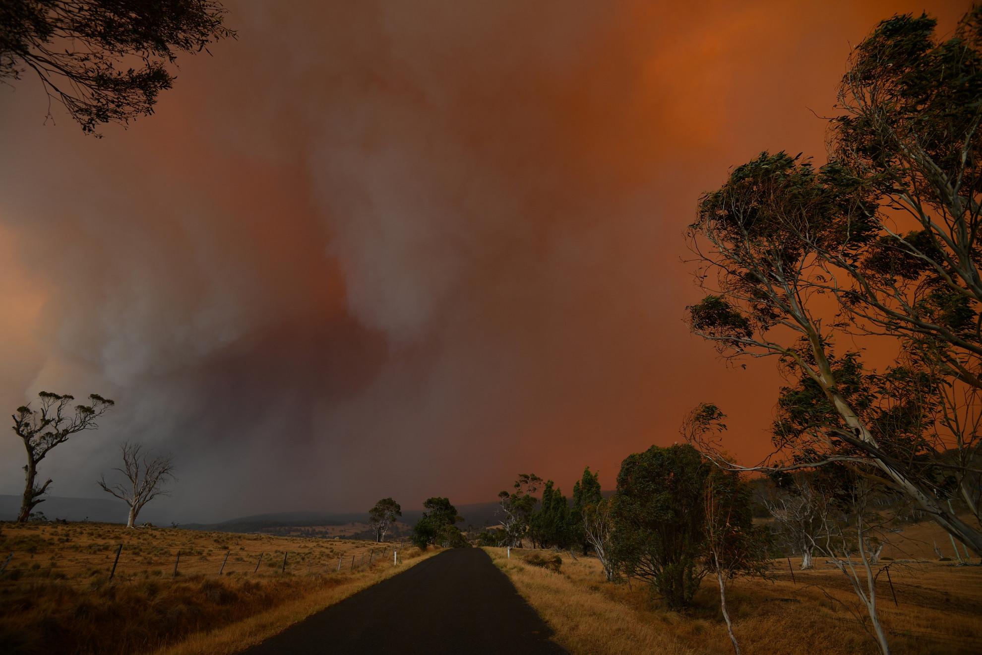 Elképesztő időjárási körülmények uralkodnak Ausztráliában