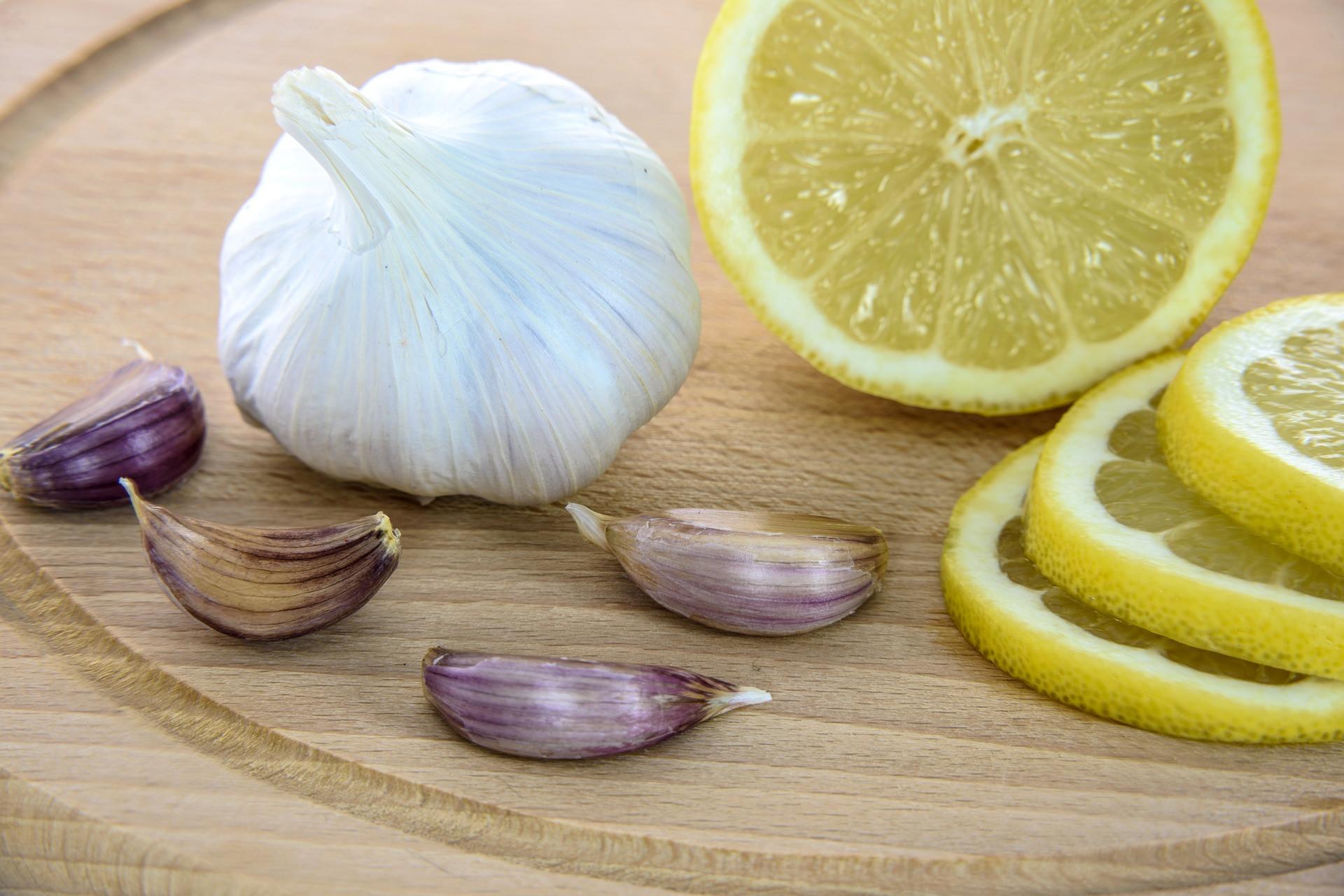 Fokhagyma és citrom jó ha mindig van otthon